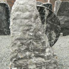 DIV 178 Felsen Alpengrün Poliert Bossiert 60x22x87cm