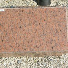 L 171 Liegestein Vanga Poliert Bossiert 46x30x18cm