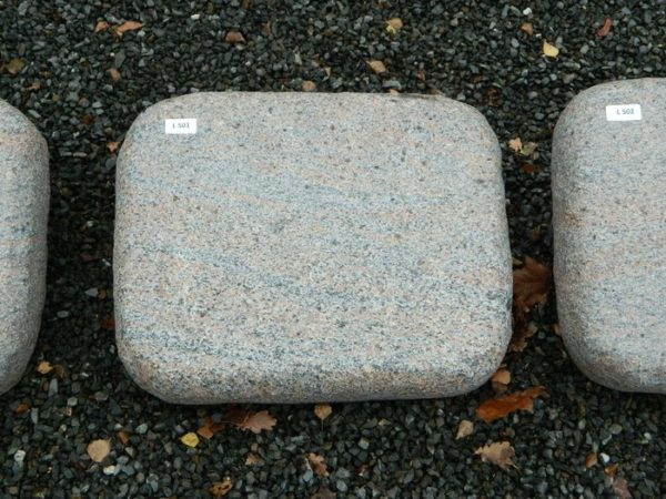 L 501 Liegestein Halmstad Geflammt 50x40x12cm