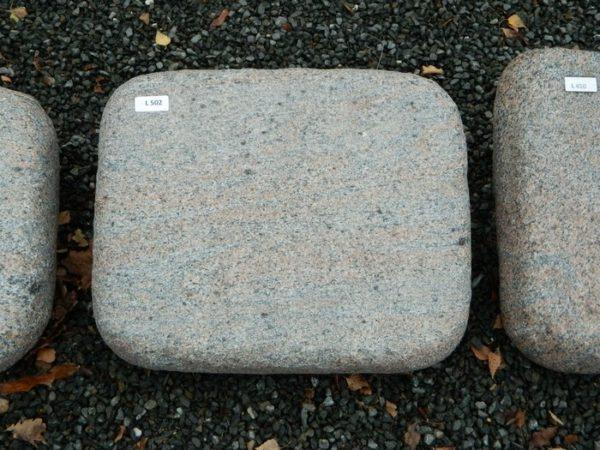 L 502 Liegestein Halmstad Geflammt 50x40x12cm